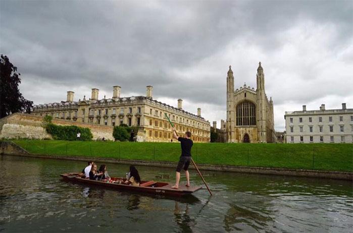 剑桥大学校景1